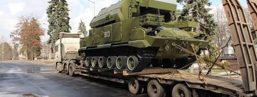 перевозка военной техники тралом